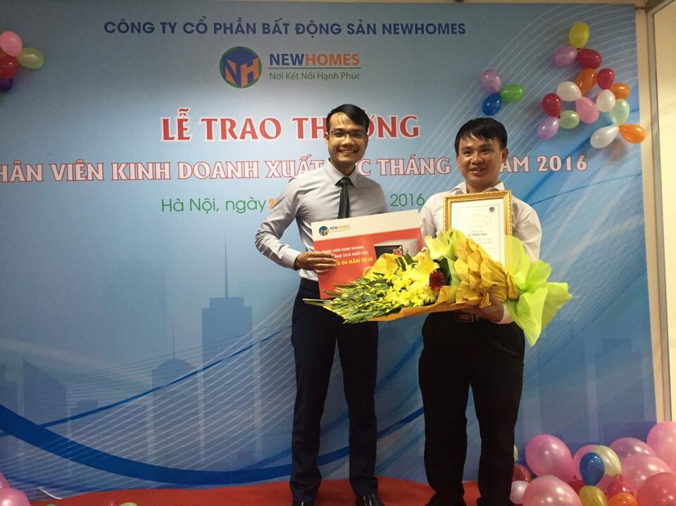 nhan-vien-kinh-doanh-xuat-sac-new-homes-1